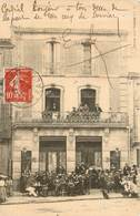 """SERVIAN En Terrasse Devant Le """" Grand Café """" - France"""