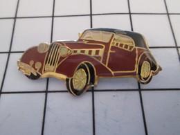 716c Pin's Pins / Beau Et Rare / THEME : AUTOMOBILES / VOITURE BRUN PRUNE ANNEES 40/50 ? - Pin's