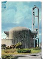 CPM  De  FOUCARMONT  (76)  -  Eglise Moderne Liée à L' Architecte OZAVARONNI  Gd  Prix De ROME En 1964     //  TBE - France