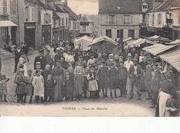 51 FISMES Place Du Marché, Animée - Fismes