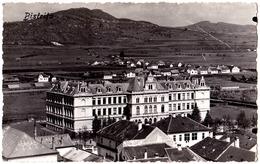 BISTRITA : LICEUL EVANGHELIC - CARTE VRAIE PHOTO / REAL PHOTO POSTCARD - ANNÉE / YEAR ~ 1930 - '935 (ae523) - Roumanie