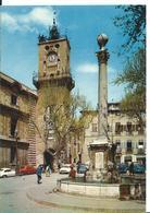 AIX EN PROVENCE   (  BOUCHES DU RHONE  )   PLACE DE LA MAIRIE . LA FONTAINE ET LE BEFFROI - Aix En Provence