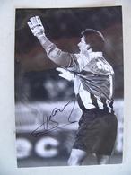 Photo De Presse Avec AUTOGRAPHE GUILLAUME WARMUZ RC LENS 1992 Football Footballeur - Sports