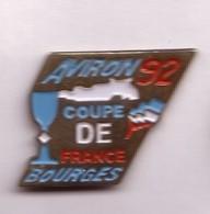 A368 Pin's AVIRON Coupe De France à Bourges Cher Thème Canoë Aviron Kayak Achat Immédiat - Aviron