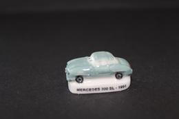 Fève De La Série VOITURES ANCIENNES - Mercedes 300 SL - 1954 - (Réf. 001) - Hadas (sorpresas)