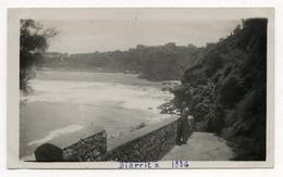 PHOTO ANCIENNE Biarritz 1936 Femme Paysage Nouvelle Aquitaine Plage Bord De Mer Vague - Places