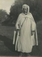 Algerie Vie Quotidienne Homme En Habit Local Ancienne Photo 1930 - Places