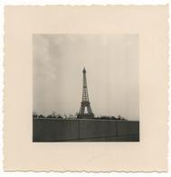 PHOTO ANCIENNE Paris Tour Eiffel Vers 1960 Photographie - Places