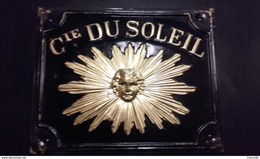 Plaque Métal Assurances Compagnie Du Soleil. - Seguros