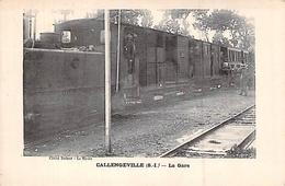 C P A  76] CALLENGEVILLE LA GARE LE TRAIN MECANICIEN CHAUFFEUR WAGON LOCOMOTIVE CARTE ANIMEE - Non Classés