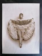 Photo Originale. Waléry. 24X18.Danseuse De Revue. - Persone Anonimi