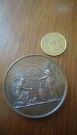 Médaille Gravée Casimir Delavigne 1830 Honneur Aux Morts Soldat Inconnu - Médailles & Décorations