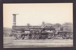 CPA Train Locomotive Gros Plan Non Circulé éditeur HMP N°284 - Trains