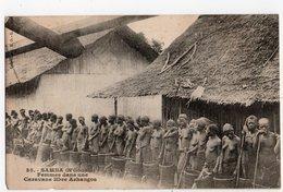 SAMBA * N'GOUNIE * GABON * FEMMES DANS UNE CARAVANE LIBRE ASHANGOS * COLLECTION S. H. O. - Gabon