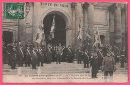 La Guerre Européenne 1914 - 7 Octobre On Apporte Aux Invalides Six Drapeaux Pris Aux Allemands à La Bataille De L'Aisne - Guerre 1914-18