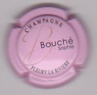 Capsule Champagne BOUCHE Sophie ( 1 ; Fond Rose ) {S15-20} - Non Classés