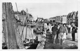 Trouville (14) - Les Quais Et Bateaux De Pêche - Trouville