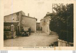 30.  SAVIGNARGUES .  Place Du Marché . - Altri Comuni