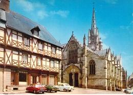 56 - Josselin - Place Notre Dame - Josselin