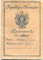 Passeport  Francais - 1950 - Baby René - Vieux Papiers