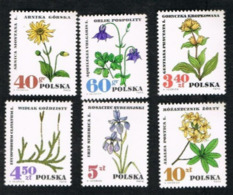 POLONIA (POLAND) - SG 1750.1755  - 1967 PROTECTED PLANTS (COMPLET SET OF 6)    -   MINT** - 1944-.... Repubblica