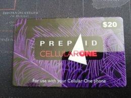 BERMUDA  $20  BERMUDA CELLULARONE PURPLE THICK CARD SEA FAN      PREPAID CARD  Fine USED  **1237** - Bermude