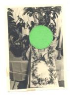 Photo ( +/- 7 X 10,5 Cm) POST MORTEM - Bébé Décédé à L'age De +/- 2 Mois - A été Recolée ( Carré En Bas à Gauche ) - Photos