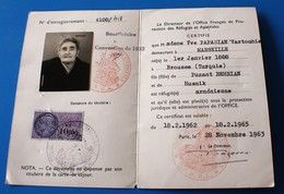 CARTE CERTIFICAT DE RÉFUGIÉS & APATRIDES ARMÉNIEN OFFICE FRANÇAIS PROTECTION Fiscal 1962 Arménie Arménia-P.ian Vartouhie - Documents Historiques