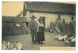 CPA 03 MOULINS SERIE P. PAQUET N°25 FERMIER ET FERMIERE BOURBONNAIS - Moulins