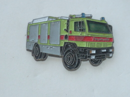 Pin's SAPEURS POMPIERS ALLEMAND, CAMION B - Feuerwehr
