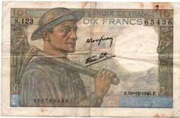 10 Francs 1946 - Mineur - !! Plié Usagé - 10 F 1941-1949 ''Mineur''