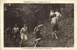 """VERBERIE (Oise) """" L'Oasis """" A L'entrainement :une Course à Travers Bois Torses Nus RV - Verberie"""