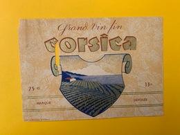13070 - Corsica Ancienne étiquette !!! Trou - Etichette