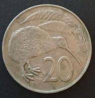 NOUVELLE ZELANDE - NEW ZEALAND - 20 CENTS 1967 - Elizabeth II - 2e Effigie - KM 36 - Kiwi - Nuova Zelanda