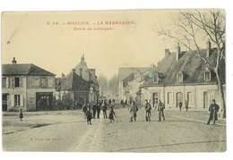 CPA 03 MOULINS SERIE P. PAQUET N°24 LA MADELEINE ROUTE DE LIMOGES - Moulins