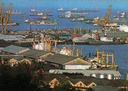 1 AK Singapur * Blick Auf Den Hafen Von Singapur, Dem Viertgrößten Hafen Der Welt * - Singapour