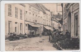 HOUDAN LE MARCHE AUX FLEURS PRECURSEUR 1904 TBE - Houdan