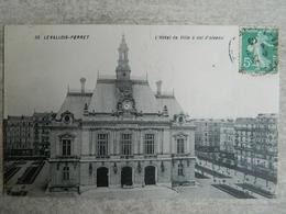 LEVALLOIS PERRET                     L'HOTEL DE VILLE A VOL D'OISEAU - Levallois Perret