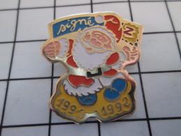 916a Pin's Pins / Beau Et Rare / THEME : NOEL / PERE NOEL Z 1991 1992 - Navidad