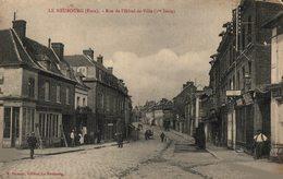14511        LE NEUBOURG   RUE DE L HOTEL DE VILLE - Le Neubourg
