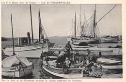 83 - Ile De Porquerolles - Beau Panorama Du Port - Du Cormoran Assurant La Liaison Au Continent - Sublime Animation - Porquerolles