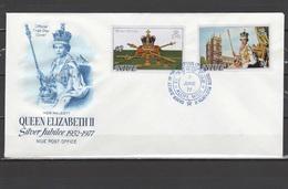 Niue 1977 Queen Elizabeth II Silver Jubilee Set Of 2 + S/s On 2 FDC - Case Reali