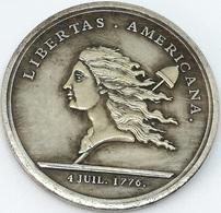 RÉPLICA Medalla Libertas. Guerra De La Independencia Americana. 1776. Estados Unidos De América - Inglaterra - Medals
