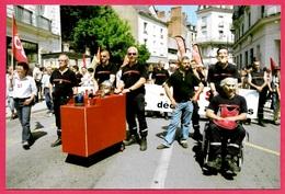 CPM (Photo Carte Philippe Touchard) 41 BLOIS - Journée Interprofessionnelle - Manifestation Dans Les Rues * Syndicats - Syndicats