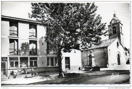 04. Greoux Les Bains. La Poste Et L'église - Gréoux-les-Bains