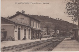 CPA : La Monnerie , La Gare - Sonstige Gemeinden