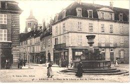 FR39 ARBOIS - Place De La Liberté - Animée - Belle - Arbois