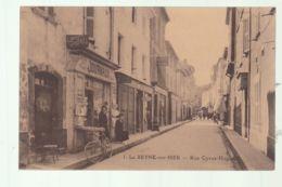 CPA (83) La Seyne-sur-Mer - Rue Cyrus-Hugue - La Seyne-sur-Mer