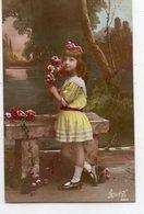 ENFANTS 969 : Fillette Avec Des Roses - Enfants
