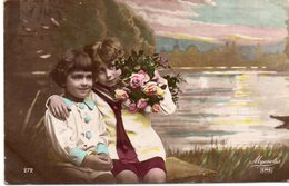 ENFANTS 970 : Fillettes Avec Des Roses Au Bord D'un étang - Enfants